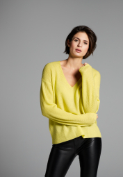 ETERNA KNIT SWEATER WITH V-NECK YELLOW UNI